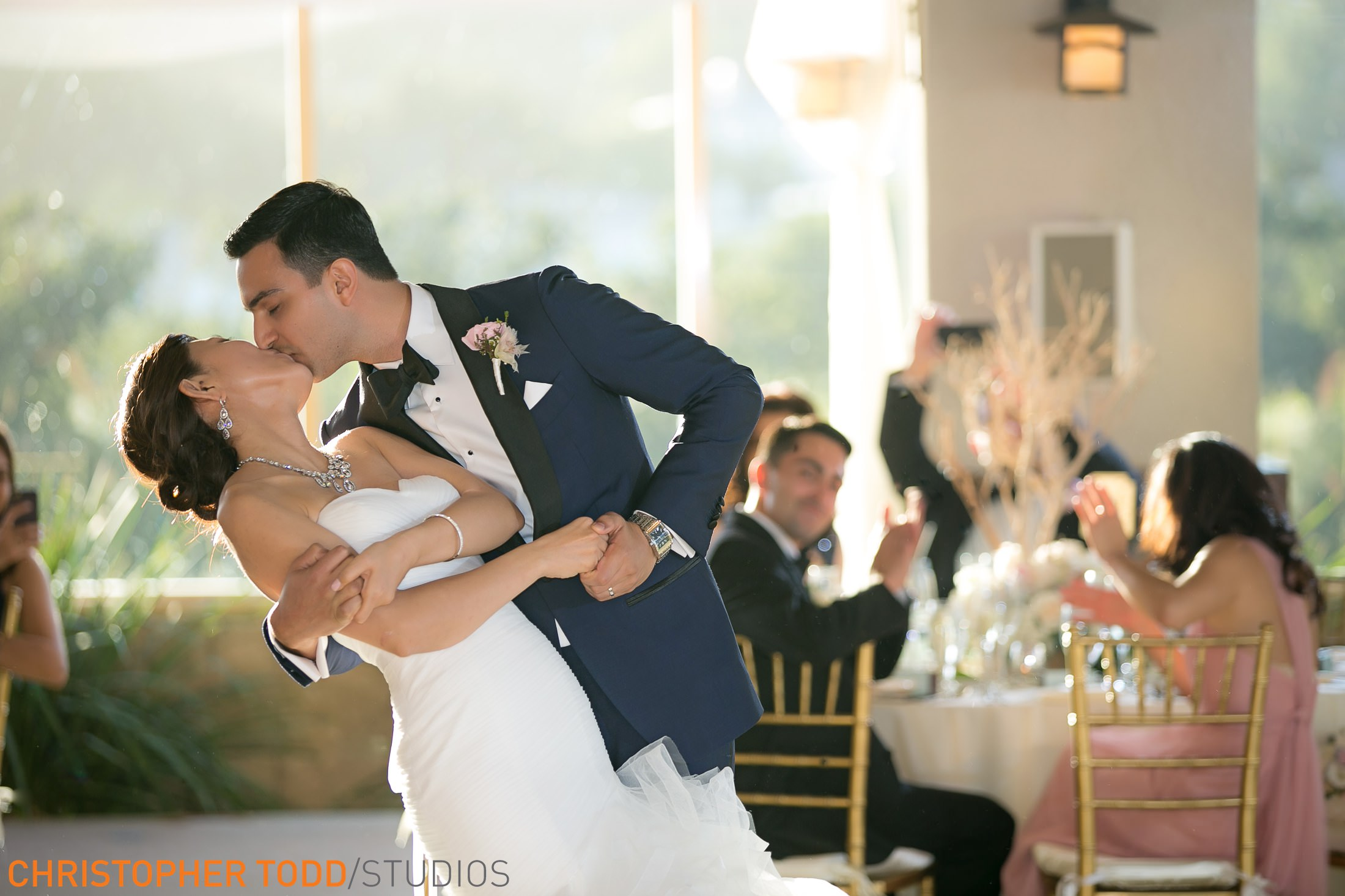 amazing first dance shot