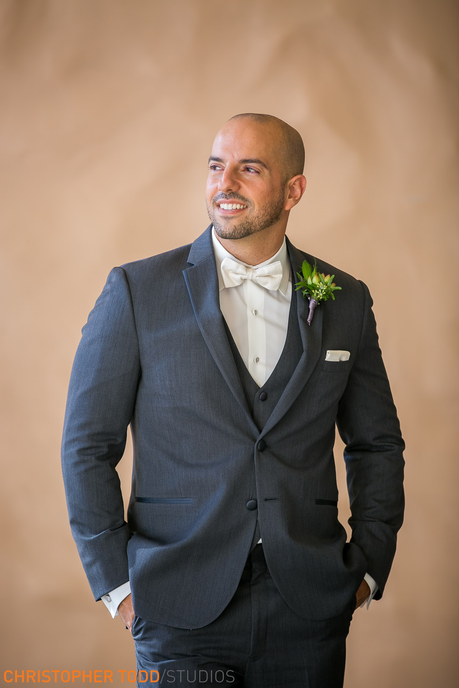 wedding-orange-county-photos-groom