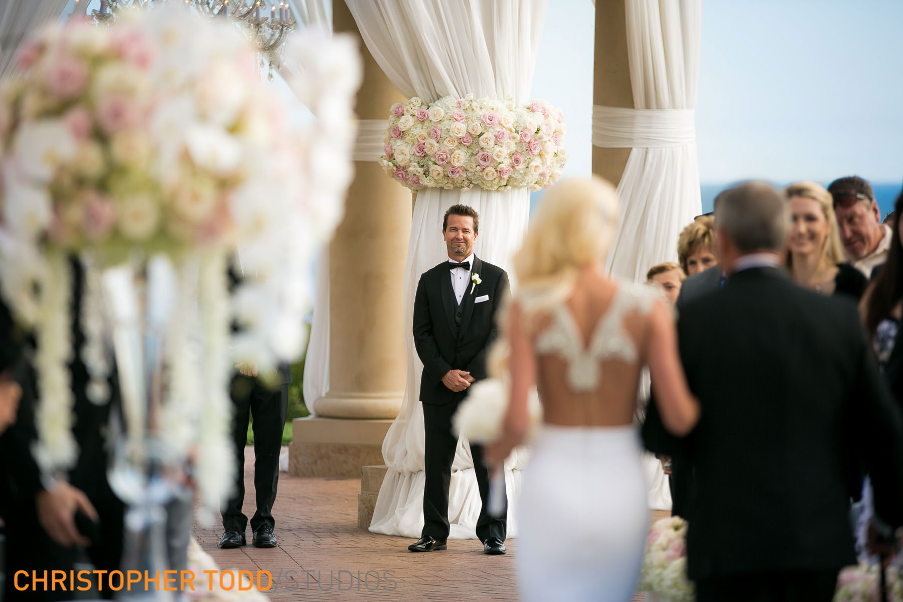 Wedding-Ceremony- Pelican-Hill-Resort