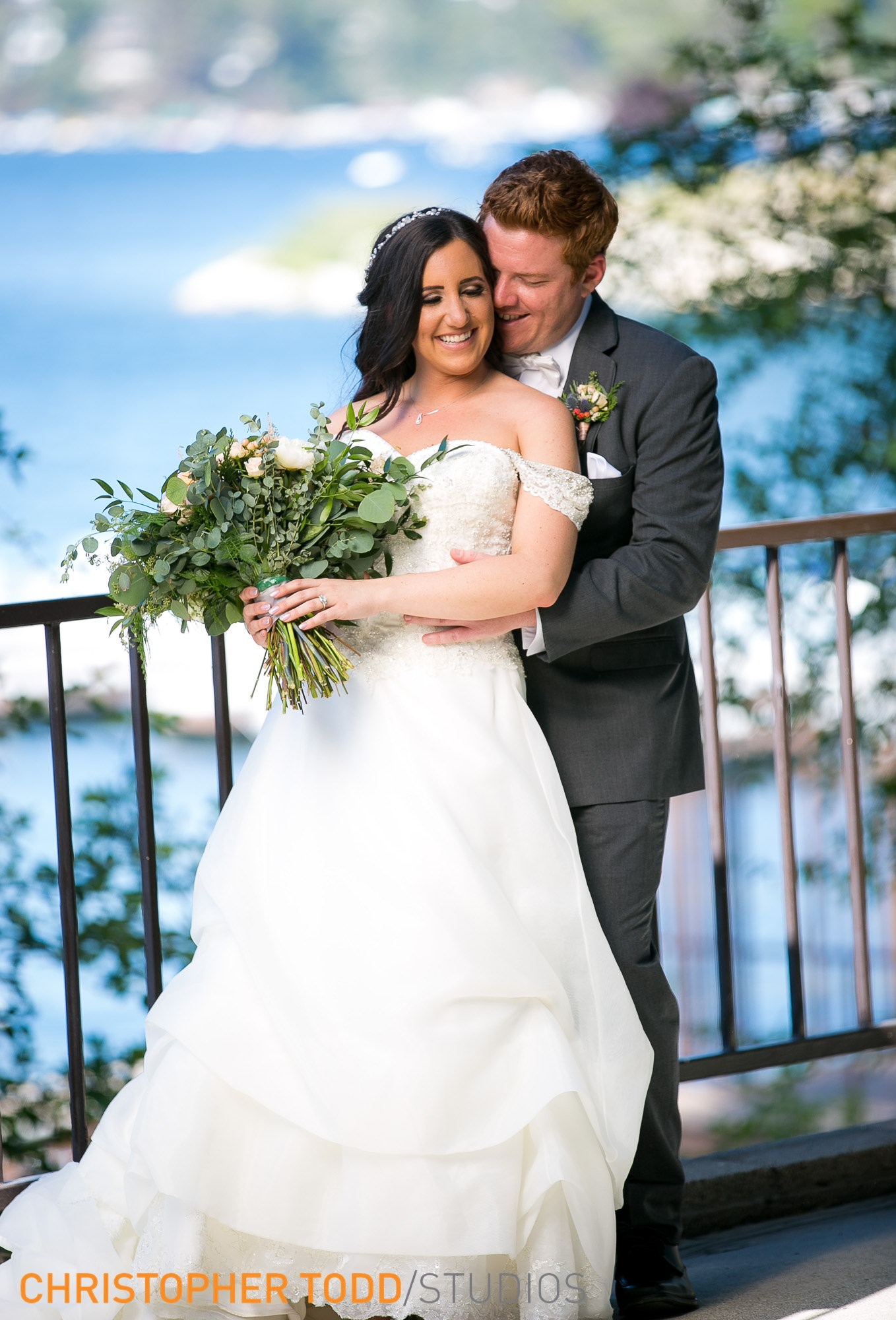 bride and groom at lake arrowhead