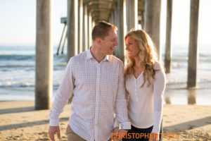 huntington-beach-pier-engagement-photos
