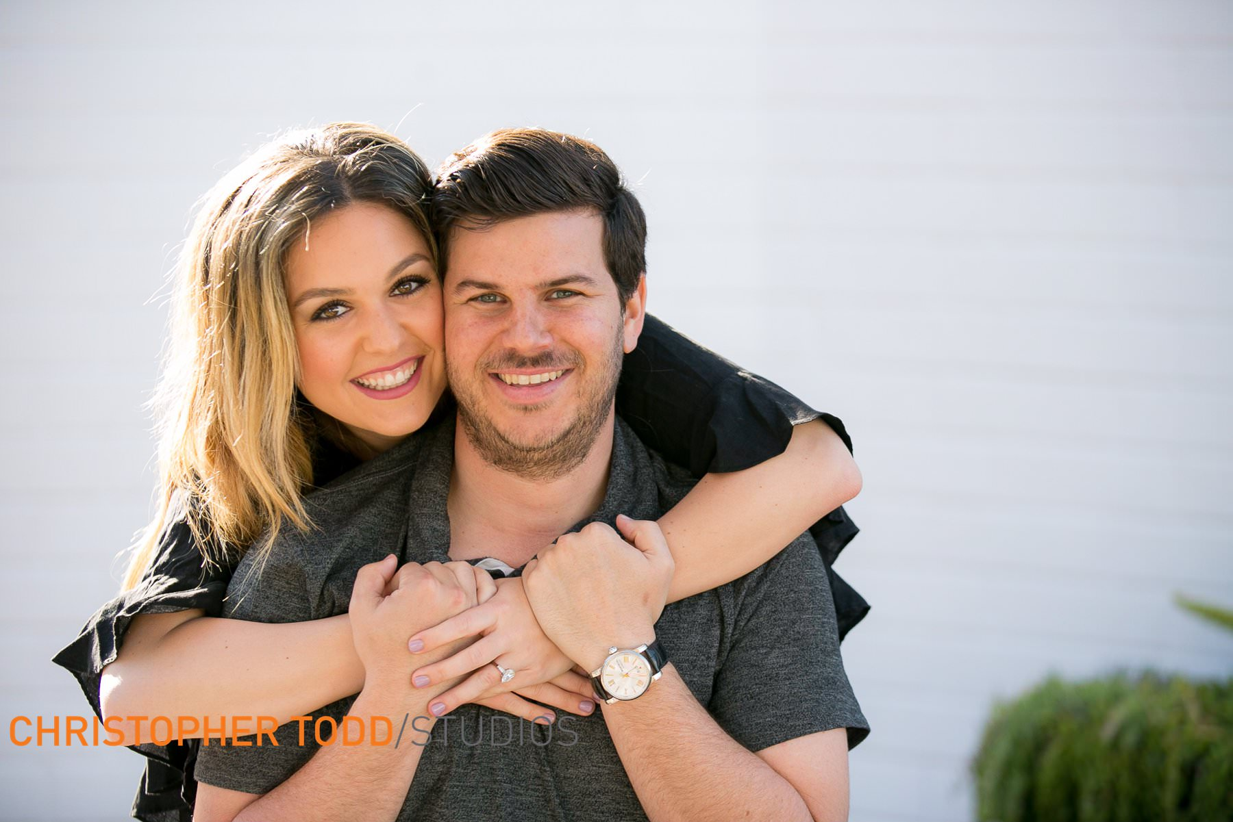 Lido–Village–Newport–beach–Engagement–Session