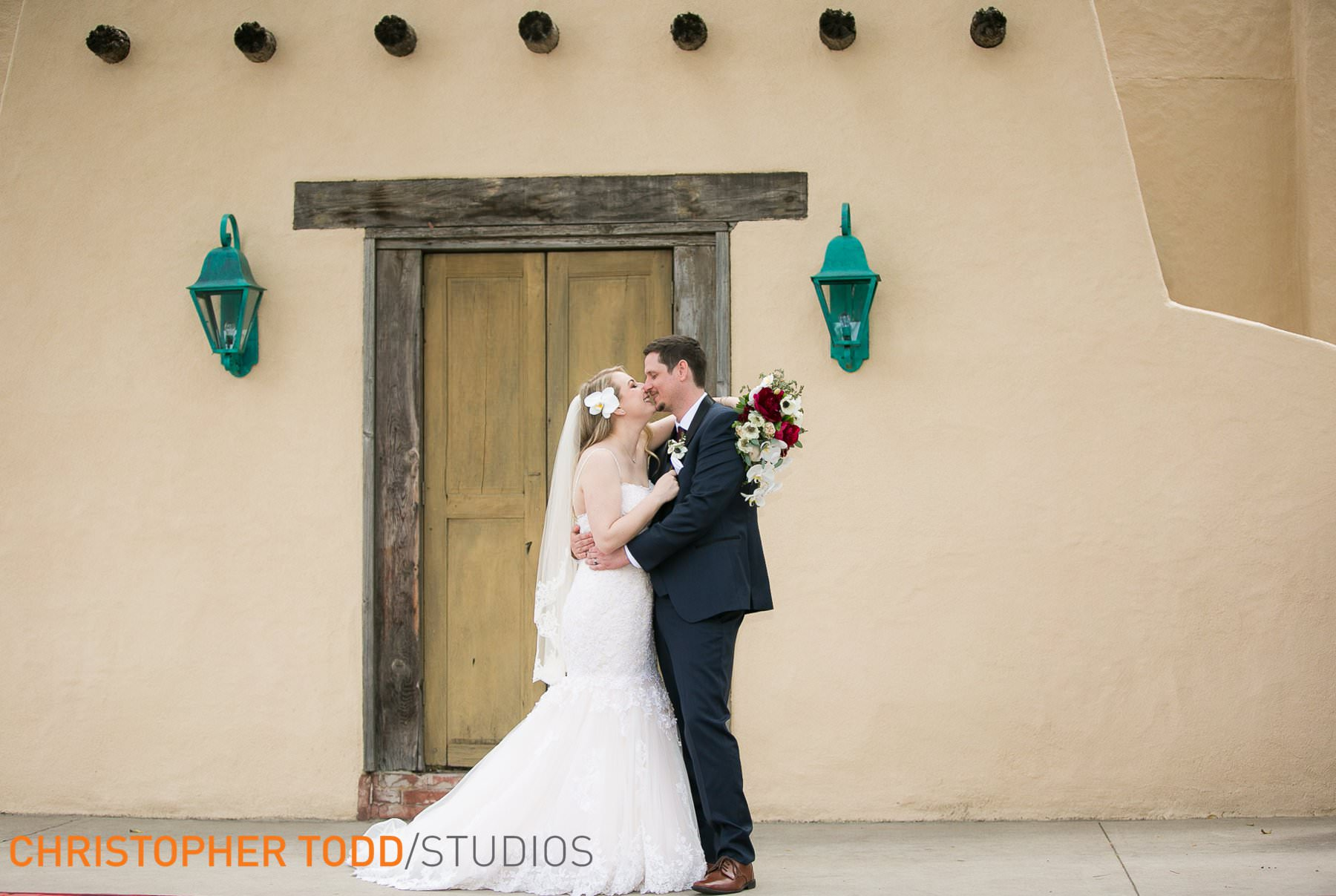 wedding-photography-at-the-hacienda-orange-county
