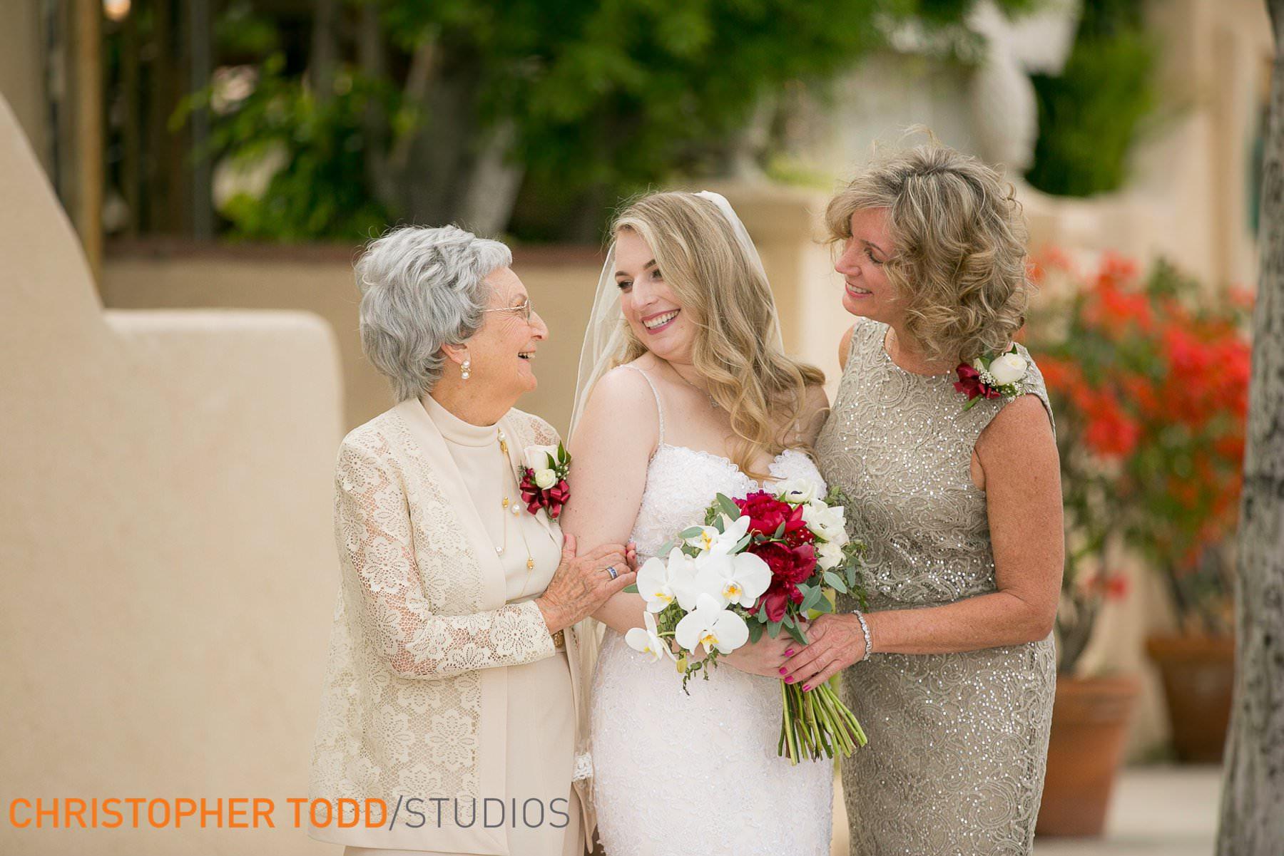 wedding-photos-at-the-hacienda