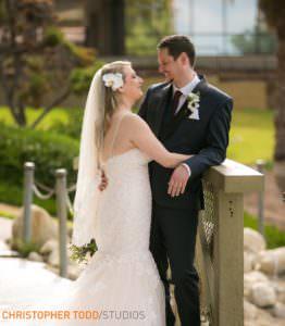 bride-&-groom-at-the-hacienda