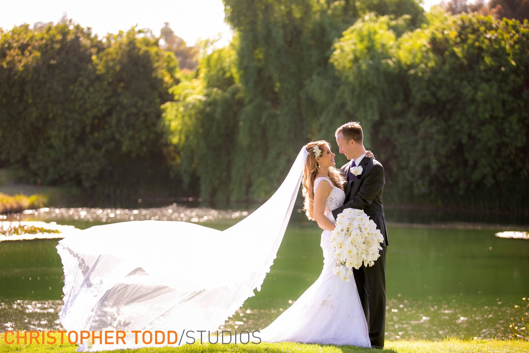 wedding-pictures-at-palos-verdes-golf-club