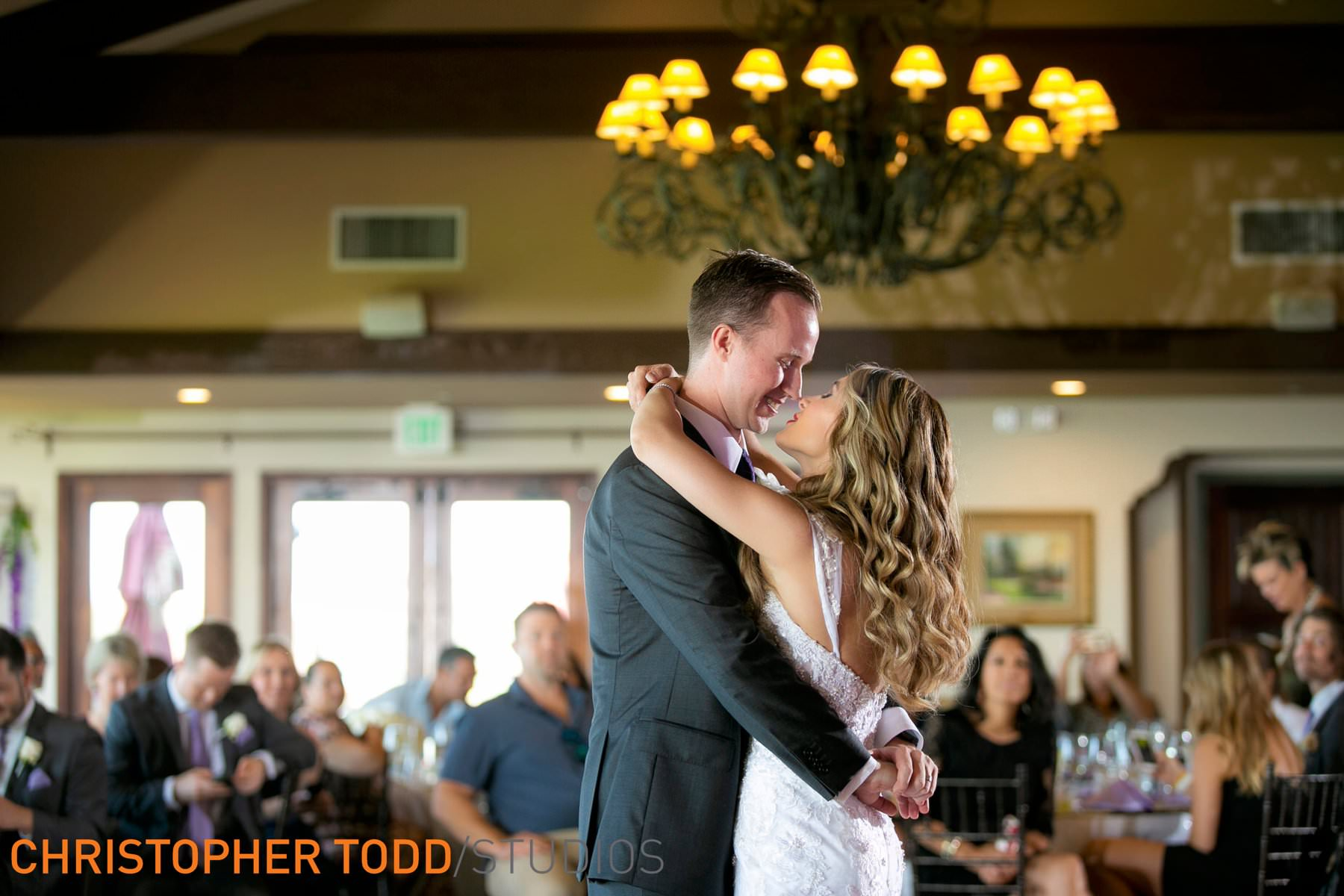 palos-verdes-golf-club-wedding-reception