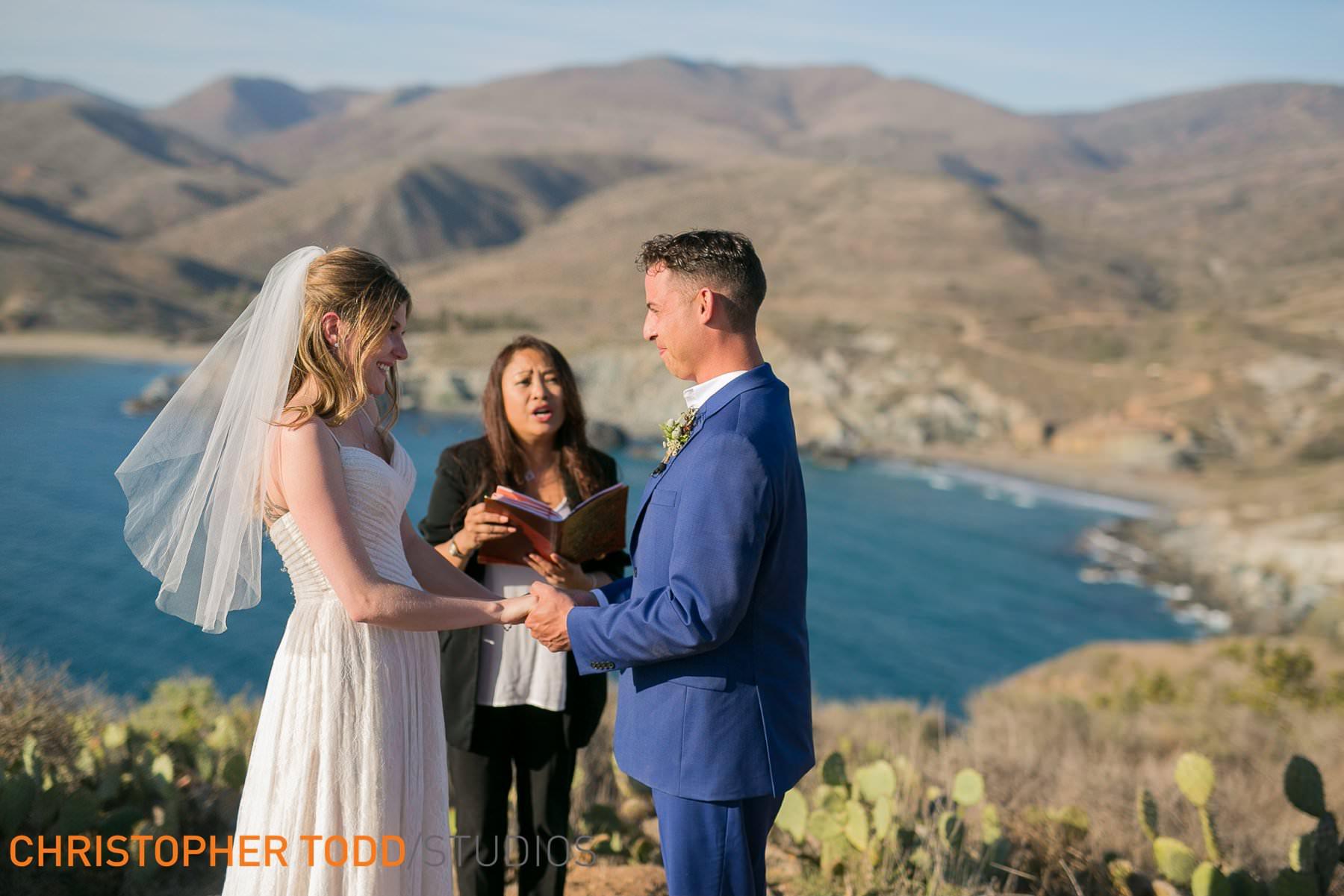 catalina-island-elopement-ceremony