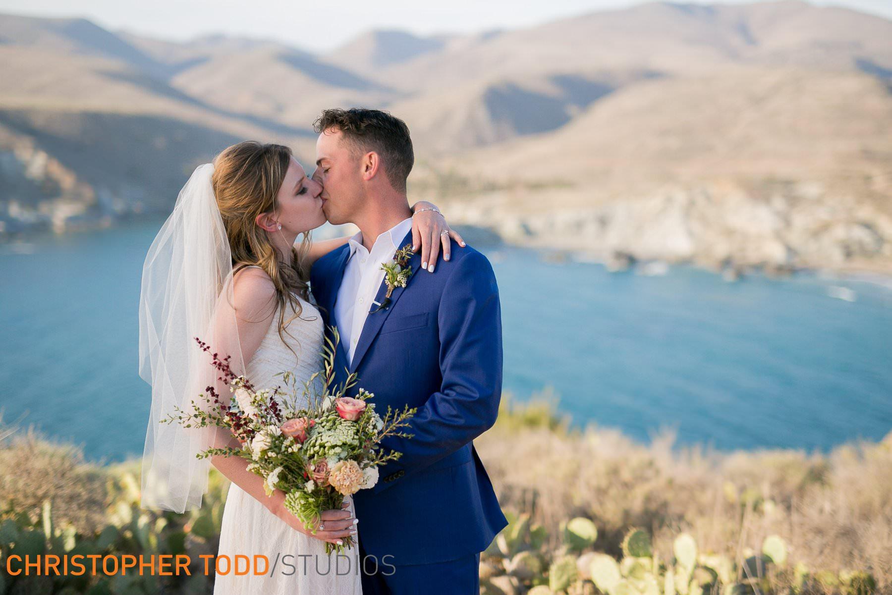 best-catalina-island-elopement-photography
