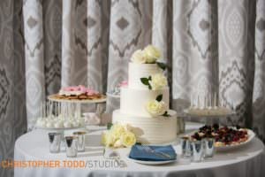 waterfront-hilton-ballroom-wedding