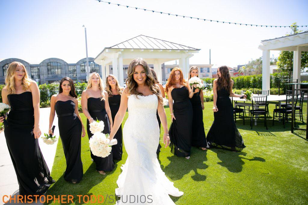 bridesmaids-at-lido-house-hotel