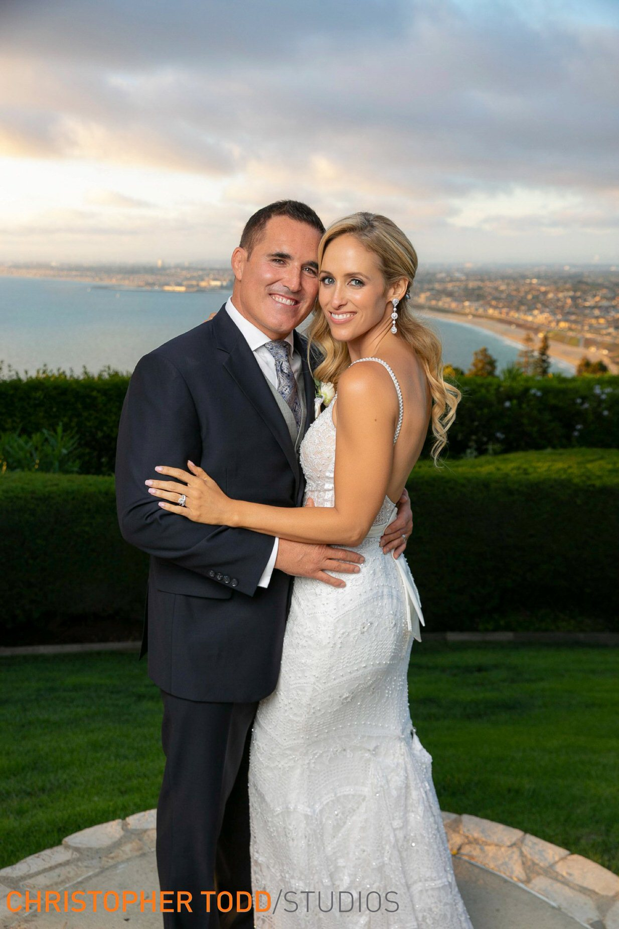 wedding-photographers-for-la-venta-inn