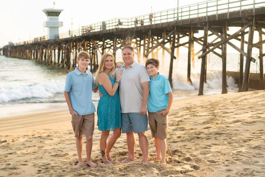 oc-family-portrait-experience-seal-beach-pier