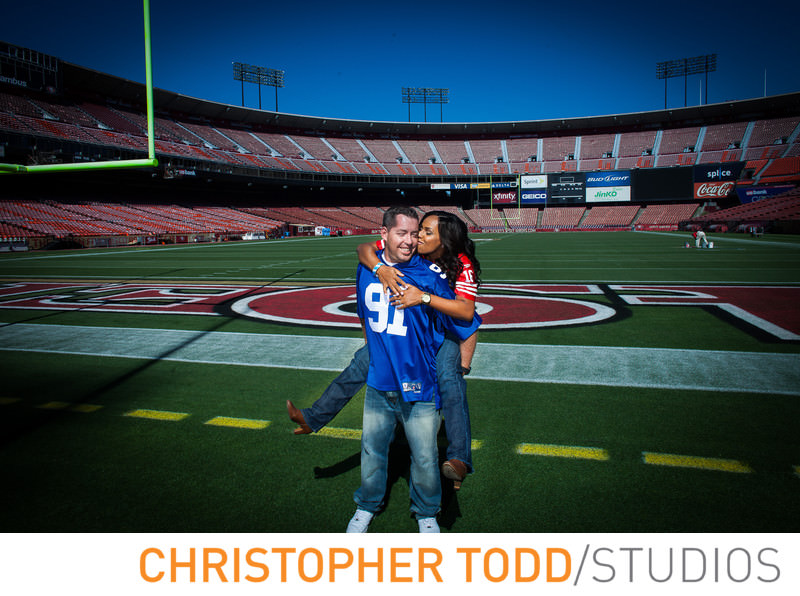 levis-stadium-engagement-photographer