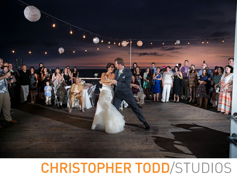 pacific-edge-hotel-first-dance