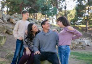 teWinkle-park-costa-mesa-family-portraits